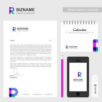 Folleto de la compañía con el logotipo de la empresa y un diseño elegante