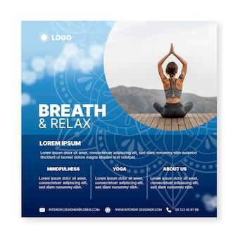Folleto cuadrado de meditación de yoga