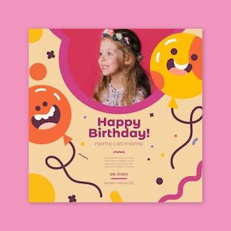 Folleto de cumpleaños infantil cuadrado