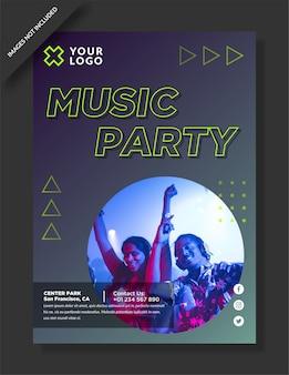 Folleto de fiesta musical y publicación en redes sociales