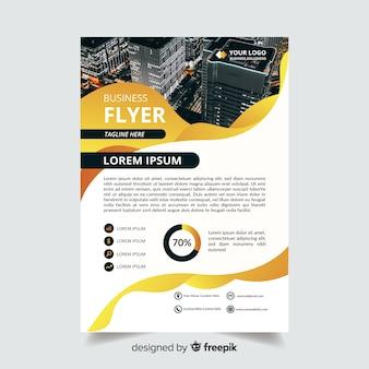 Folleto de negocios abstracto con foto e información