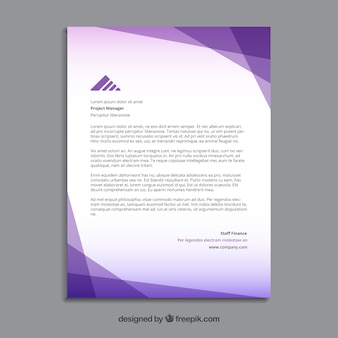 Folleto púrpura poligonal