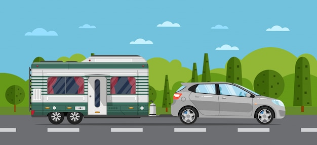 Folleto de viajes por carretera con auto hatchback y remolque