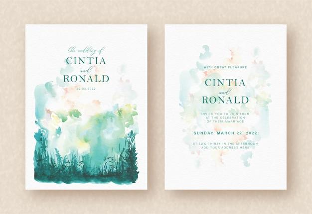 Fondo de acuarela de naturaleza verde splash en tarjeta de invitación
