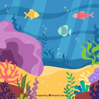 Fondo bajo el agua con peces y algas marinas