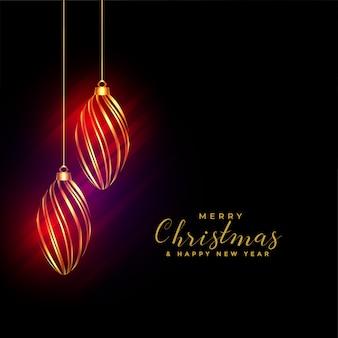 Fondo de bolas de navidad dorado brillante con luces brillantes
