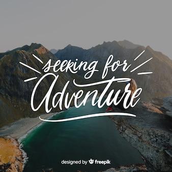 Fondo caligráfico de aventura con foto