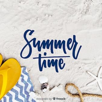 Fondo caligráfico de verano con fotografía