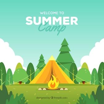 Fondo de campamento de verano con árboles y fogata
