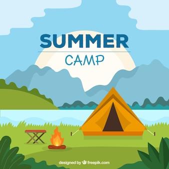 Fondo de campamento de verano con tienda de campaña y fogara