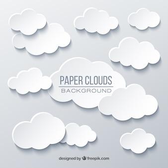 Fondo de cielo con nubes en textura de papel