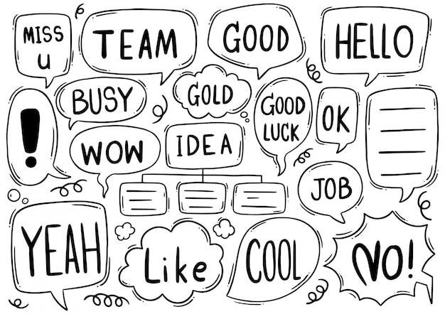 Fondo dibujado a mano conjunto de texto lindo discurso burbuja eith en estilo doodle