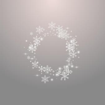 Fondo gris del vector de la nieve gris. postal de estrellas de brillo plateado. banner de tormenta de nieve brillante. tarjeta de copo de nieve de navidad.