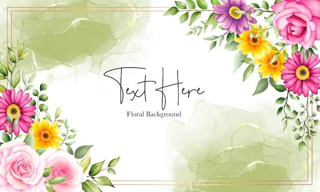 Fondo hermoso de la flor de la acuarela con el ornamento de la tinta del alcohol