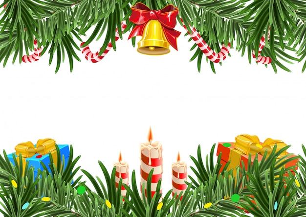Fondo de marco de navidad hecho de ramas de abeto con campana y vela.