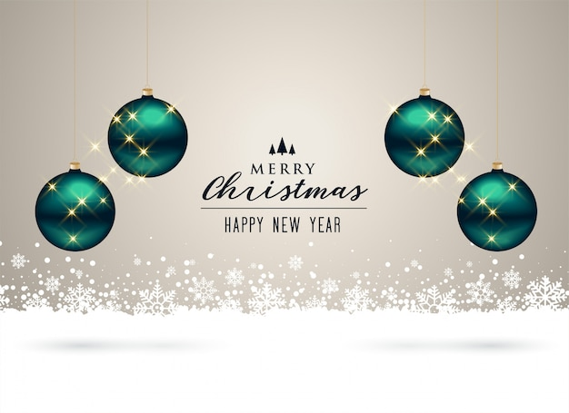 Fondo navideño con decoración de bolas y copos de nieve.