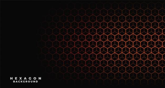 Fondo negro con estampado hexagonal naranja.