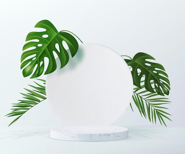 Fondo publicitario con podio de mármol en blanco y hojas tropicales en el fondo