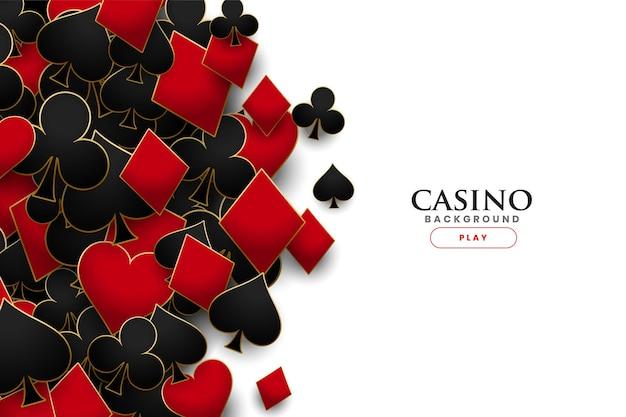Fondo realista de símbolos de naipes de casino