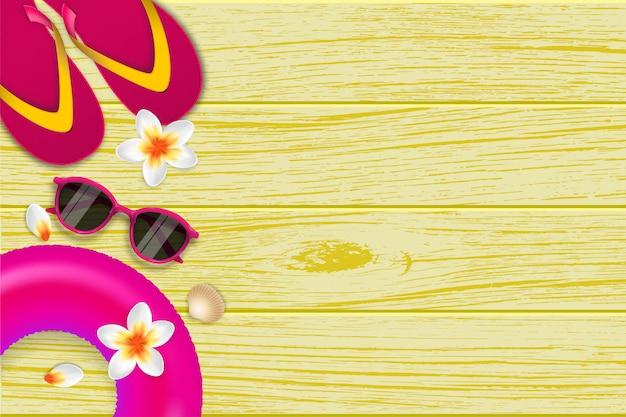 Fondo tropical de verano yema de vainilla y chanclas sobre tabla de madera