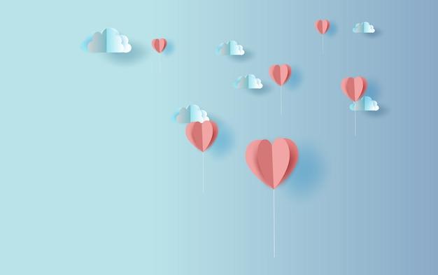 Forma de corazón de globo de origami con cielo cloudscape