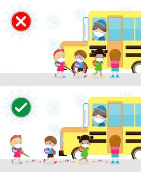Formas correctas e incorrectas y consejos de prevención del coronavirus 2019 ncov. niños que usan mascarilla y mantienen distancia social mientras suben al autobús escolar. regreso a la escuela para un nuevo concepto de estilo de vida normal.