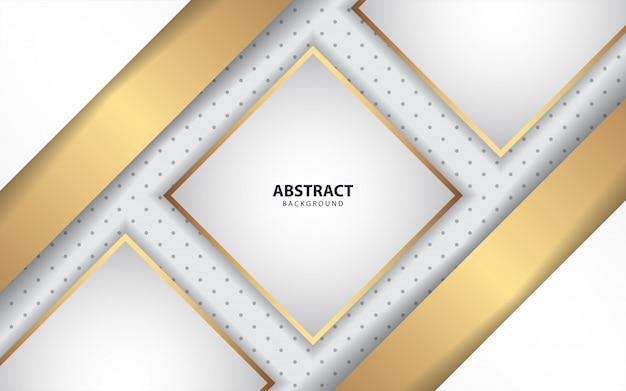 Formas de papel blanco de lujo con decoración dorada.