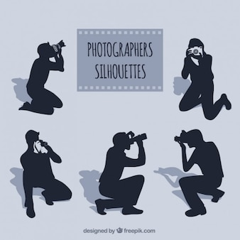Fotógrafos en diferentes posturas