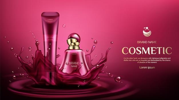 Fragancia de perfume y tubos de crema en salpicaduras de agua