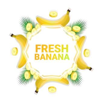 Fruta de plátano colorido círculo copia espacio orgánico sobre fondo blanco, estilo de vida saludable o concepto de dieta