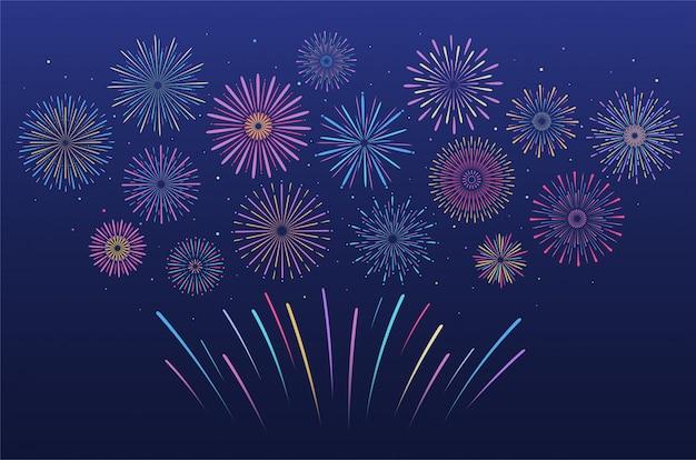 Fuegos artificiales multicolores festivos en diversas formas. explosión de petardo pirotécnico con estrellas y chispas.