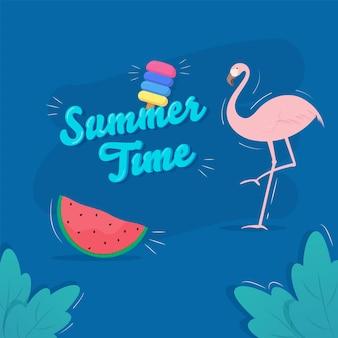 Fuente de horario de verano con helado, rebanada de sandía, flamenco y hojas sobre fondo azul.
