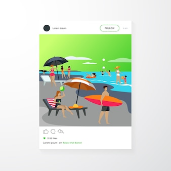 Gente descansando en la playa del mar en verano. mujeres y hombres nadando y sentados bajo la ilustración de vector plano paraguas. plantilla de aplicación móvil de concepto de ocio de vacaciones