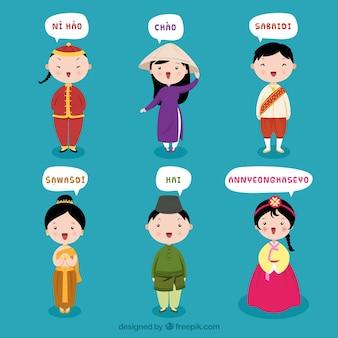 Gente dibujada a mano hablando distintos idiomas