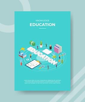 Gente de educación del conocimiento de pie alrededor de la tabla de cartas apila el texto de educación del libro para la plantilla de pancarta y volante
