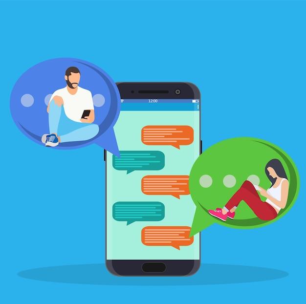 Gente feliz usa teléfono inteligente móvil