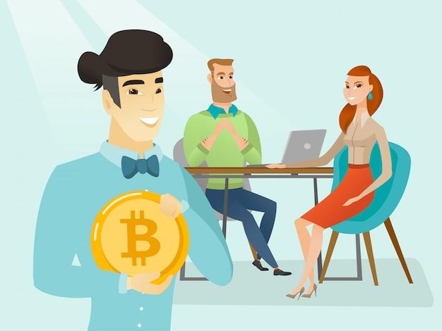 La gente de negocios conseguir una moneda de bitcoin para la puesta en marcha.