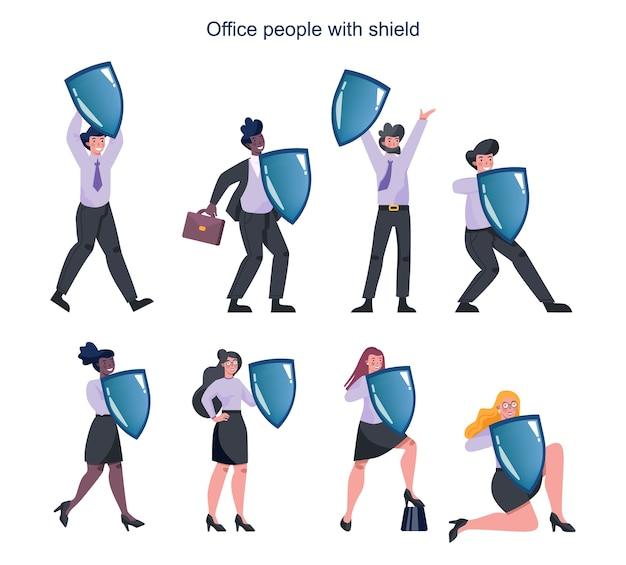 Gente de negocios vistiendo traje formal sosteniendo un escudo. negocio