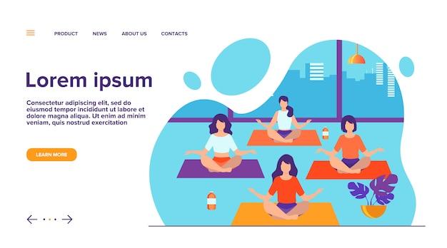 Gente practicando yoga