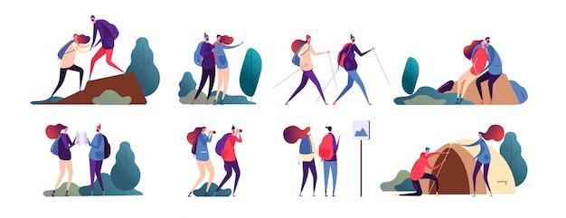 La gente de senderismo. joven pareja viaja juntos. familia feliz, turistas en camping y caminata en la naturaleza. personajes de campista al aire libre