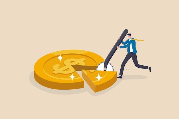 Gestión de dinero, planificación financiera o gestión de patrimonio o cartera de inversiones, pago de impuestos, préstamos o deudas, concepto de inflación, empresario que usa un cortador de pizza para dividir la moneda de oro en dólares.