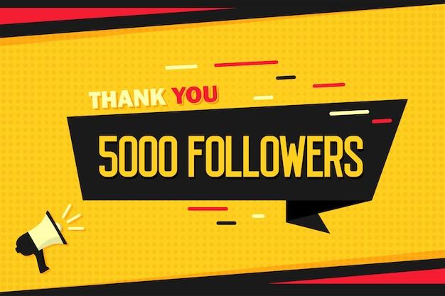 Gracias 5000 seguidores. megáfono con banner de cinta y medios tonos.