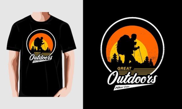 Gran diseño de camiseta al aire libre vintage vector premium