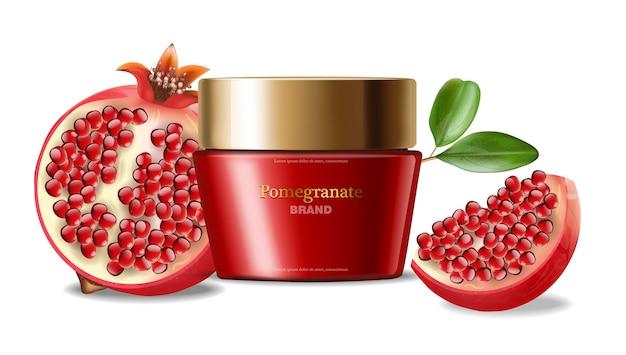 Granada crema facial realista, cosméticos rojos, fondo blanco