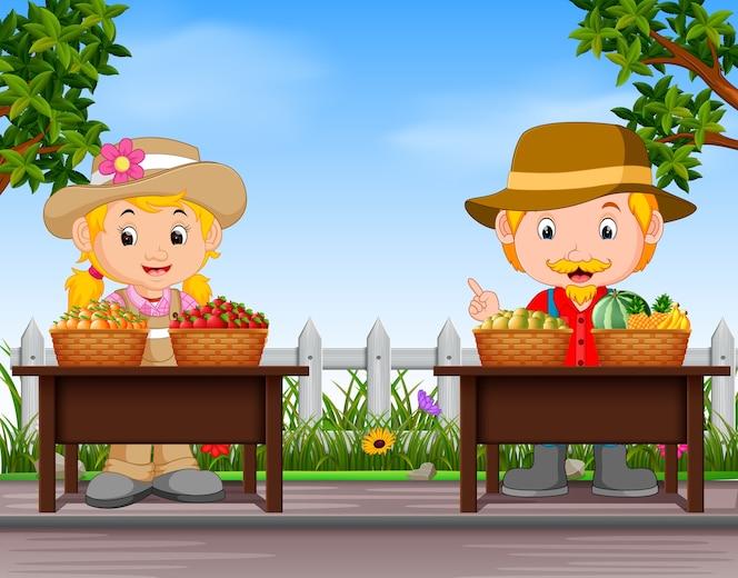 Granjeros vendiendo fruta fresca