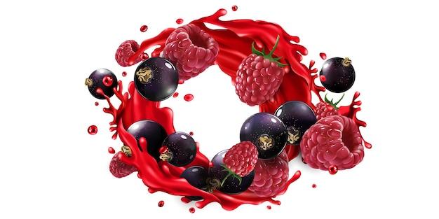 Grosella negra fresca y frambuesa y un chorrito de jugo de frutos rojos sobre un fondo blanco.