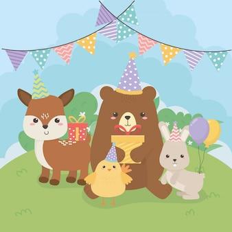 Grupo de animales lindos granja en escena de fiesta de cumpleaños