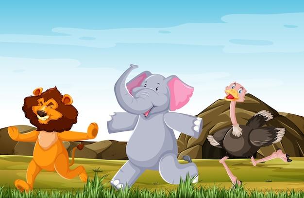 Grupo de animales salvajes está planteando estilo de dibujos animados de sonrisa de pie aislado en el bosque