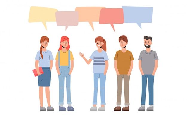 Grupo de erudito y colegial en amistad hablando de carácter.