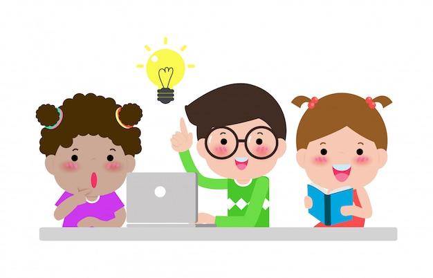 Grupo de estudiantes discuten ideas creativas. educación de trabajo en equipo y lluvia de ideas aislado en blanco ilustración niños felices de regreso a la escuela